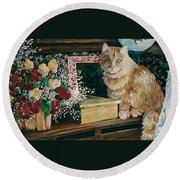 Sebestian And The Old Roses Round Beach Towel