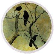Secretive Crows Round Beach Towel