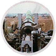 Self-propelled 8 Inch Howitzer M110 Lz Oasis R V N 1968 Round Beach Towel