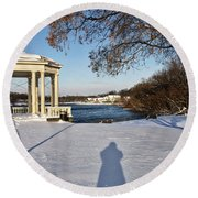 Shadow In The Snow Round Beach Towel