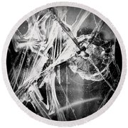 Shatter - Black And White Round Beach Towel