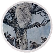 She Looked With Angry Woe At The Straining And Snarling Horde Below Illustration From Irish Fairy  Round Beach Towel