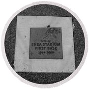 Shea Stadium First Base In Black And White Round Beach Towel