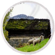 Sheeps And Rustic House Round Beach Towel