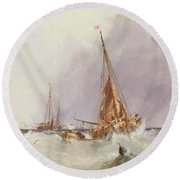 Shipping In The Solent 19th Century Round Beach Towel