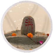 Shivling From Sand Round Beach Towel