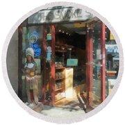 Shopfronts - Smoke Shop Round Beach Towel