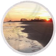 Shoreline Sunset Round Beach Towel