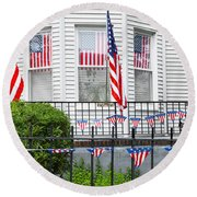 Showing The Flag Usa Round Beach Towel