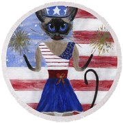 Siamese Queen Of The U S A Round Beach Towel
