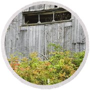Side Of Barn In Fall Round Beach Towel