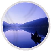 Silhouette Of A Canoeist At Sunrise Round Beach Towel