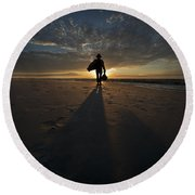 Silhouette Of A Man Wearing Hat And The Bag In Hand Walking On The Seashore Round Beach Towel