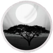 Silhouette Of A Tree At Sunrise Round Beach Towel