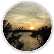 Silhouettes Of Sunset Round Beach Towel