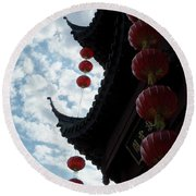 Silhouettes Of Zen Round Beach Towel