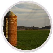 Silo Old Brick 3 Round Beach Towel