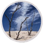 Silver Lake Dune With Dead Trees And Cirrus Clouds Round Beach Towel