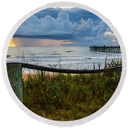 Simple Flager Round Beach Towel