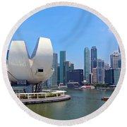 Singapore Artscience Museum And City Skyline Round Beach Towel