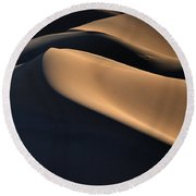 Sinuous Dunes  Round Beach Towel