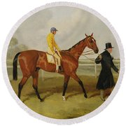 Sir Tatton Sykes Leading In The Horse Sir Tatton Sykes With William Scott Up Round Beach Towel