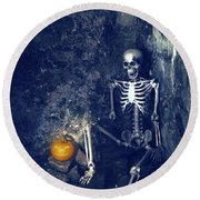 Skeleton With Jack O Lantern Round Beach Towel
