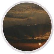 Skc 0320 Rising Rays Round Beach Towel