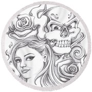 Skull And Roses Round Beach Towel