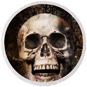 Skull In Earth Round Beach Towel