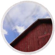 Sky And Barn Round Beach Towel