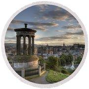 Skyline Of Edinburgh Scotland Round Beach Towel