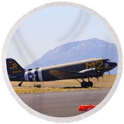Skytrain In French Valley Round Beach Towel
