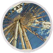 Skywheel At Niagara View Round Beach Towel