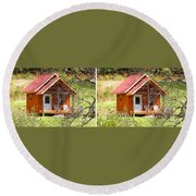 Small Cabin In Stereo Round Beach Towel
