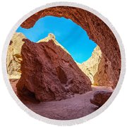 Small Canyon In Chile Round Beach Towel
