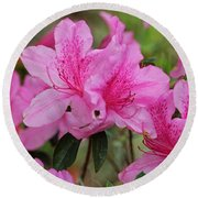 Smiling Azalea  Round Beach Towel