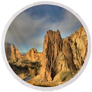 Smith Rock Foggy Morning Round Beach Towel
