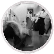 Smooth Aikido Round Beach Towel