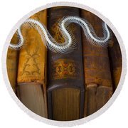 Snake And Antique Books Round Beach Towel