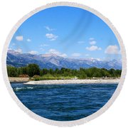 Snake And Tetons Round Beach Towel
