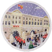 Snow At Buckingham Palace Round Beach Towel by William Cooper
