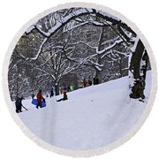 Snow Day In The Park Round Beach Towel
