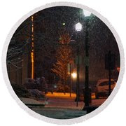 Snow In Downtown Grants Pass - 5th Street Round Beach Towel