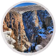 Snow In The Black Canyon Round Beach Towel