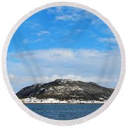 Snow In The Harbour Round Beach Towel
