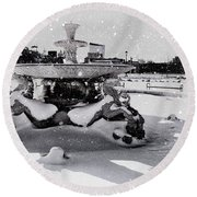 Snow On The Fountain Round Beach Towel
