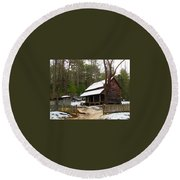 Snow On The Roof Top Round Beach Towel