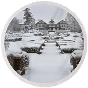 Snowfall At Longview Mansion Round Beach Towel