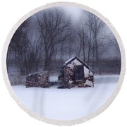 Snowing At Narcissa Road Springhouse Round Beach Towel